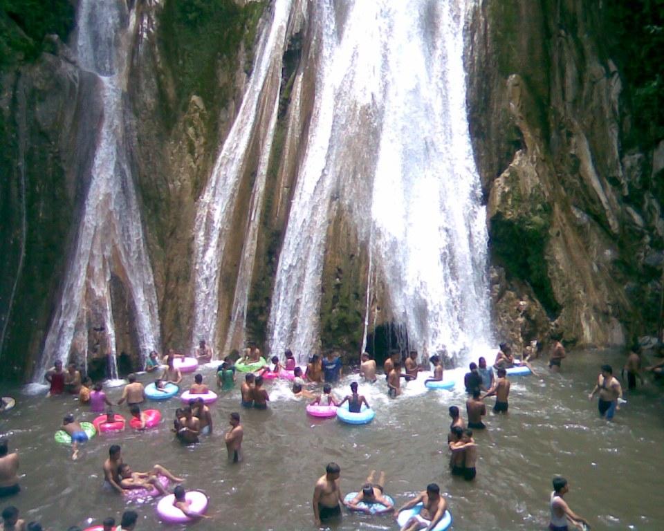 Kempty-fall-namaste-dehradun