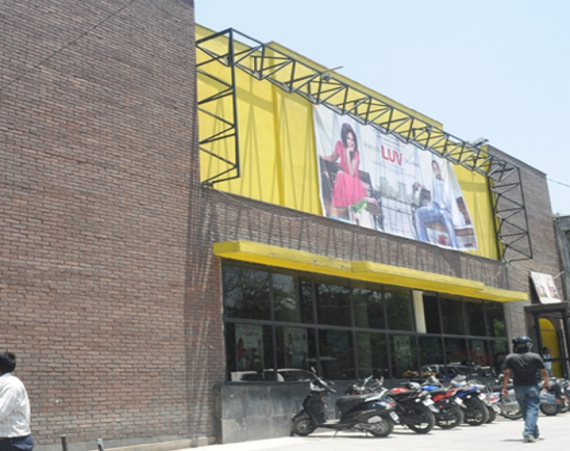 orient-cinema-hall-namaste-dehradun